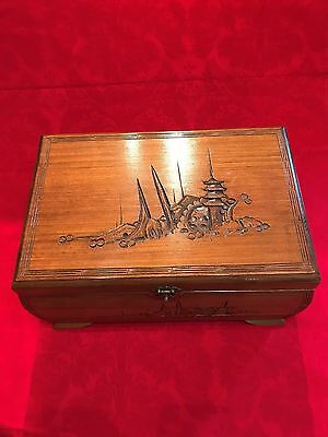 Camphor Wood Chest - Jewellery Box - With Lock & Key