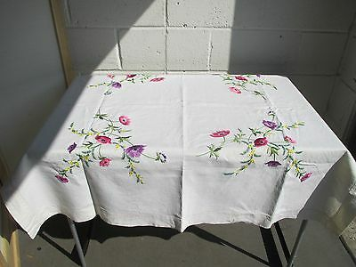 VINTAGE HAND EMBROIDERED TABLECLOTH FLOWERS 130cm x 130cm
