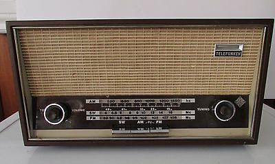 Vintage SHORT WAVE TELEFUNKEN  JUBILATE 105 MADE IN ITALY