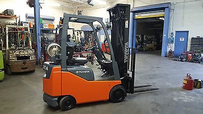"""2013 Toyota 8FGCU15 Forklift Truck with 93.3""""/217.5"""" Mast & Side Shift~New paint"""