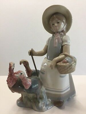 "LLADRO Figurine GIRL WITH TURKEYS, 8"" TALL GLAZE FINISH MADE IN SPAIN"