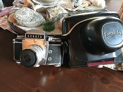 Ihagee Dresden ( vintage German camera ) with case and lens
