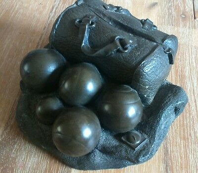 CWS 1996 World Studios French Boules Ball Game Ornament Paperweight 12cm Long