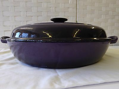 Cast Iron Cooking Casserole Dish with Lid