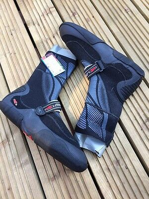 Wetsuit Boot Clearance Sale Size UK 7.5/8 Euro 41/42