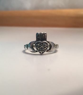 New Solvar Sterling Silver Irish Celtic Claddagh Marcasite Ring Womens Size 6