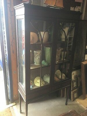 Antique Georgian Glass fronted Cabinet Ts0021