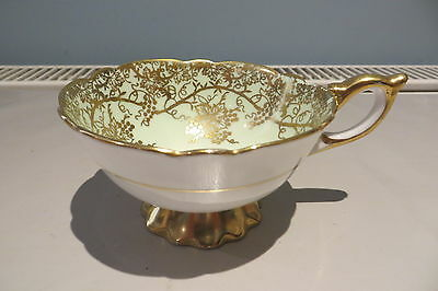 Lovely Pale Green And Gold Gilt Royal Standard Cabinet Cup 8454