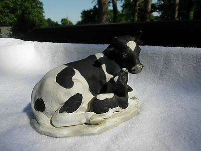 """Holstein Cow And Baby Calf Figurine - 7-1.2"""" X 5"""" X 4-3/4"""" - Very Good Condition"""