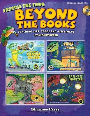 Beyond the Books: Teaching with Freddie the Frog - Teacher's Book with CD-ROM