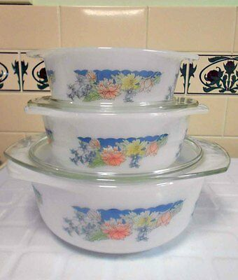 Vintage Pyrex, Milk Glass 'Arcuisine' Arcopal Casserole Set -Excellent condition