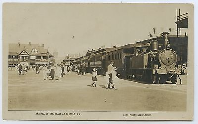 C1925 Rp Npu Postcard Glenelg Train Arriving At Glenelg Sa G78