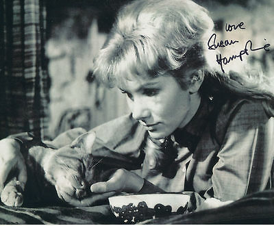 Susan Hampshire In Person Signed Photo - The Three Lives of Thomasina - AG226
