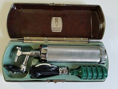Vintage-Welch-Allyn-Diagnostic-Otoscope-Ophthalmoscope-Set-Tested-and-Working
