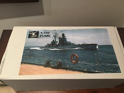 Poseidon NO.009 1/700 Resin model kit Italy Navy heavy cruiser FUME