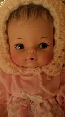 Vintage 1974 12 inch Horsman baby doll!!!