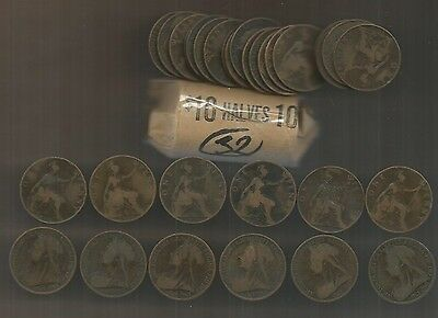 1900 Great Britain Victoria Penny Lot Roll of 32