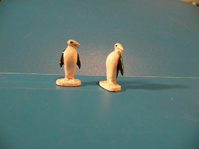 PENGUIN black n white tuxedo bird Figure Zoo Animal lead toy 2pcs X21