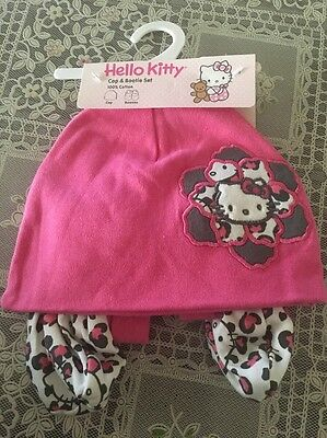 NWT Sanrio Hello Kitty Cap And Bootie Set One Size For Baby 100% Cotton