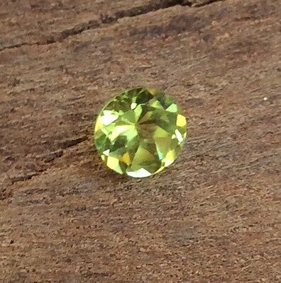 Round Cut Shape Natural Peridot 5Mm Faceted 1 Pc Loose Gemstone