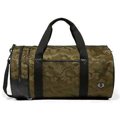 Fred Perry Jacquard Camo Barrel Bag Unisex Bags Green