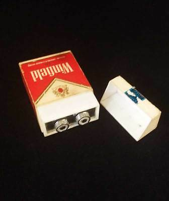 * Vintage Winfield Am Radio * Winfield Red Cigarette Packet * Working *