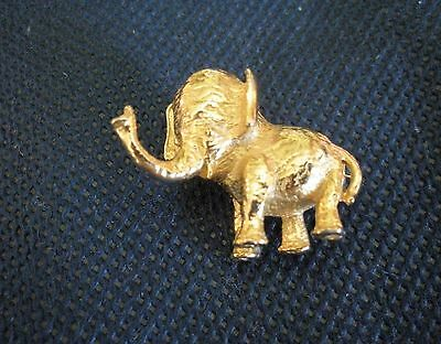 Cute! Unique Vintage Gold Plated Small Heavy Elephant Trunk Up Pin Brooch -1.2""