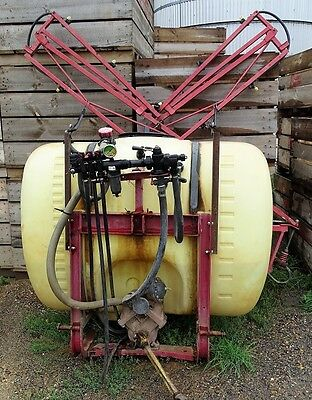 Boom Spray - Hardy Fold Out Boom Spray With 600 Litre Tank - 10 Meter Boom Unit