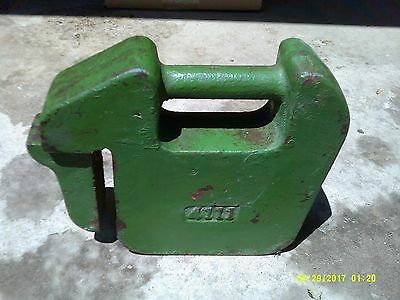 VINTAGE USED JOHN DEERE 42  Lbs. TRACTOR SUITCASE WEIGHT Quick-tatch JD