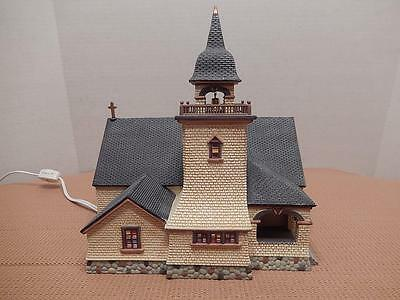 """Dept 56 Season's Bay """"Chapel On The Hill"""" 1st Edition. Signed, Org. Box, VGC"""