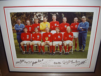 England 1966 World Cup Winners Autographed Picture