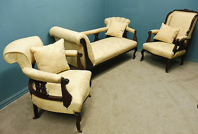Beautiful Antique Victorian 3 Piece Salon Suite Recently Recovered