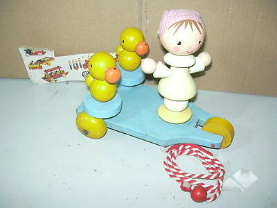 TOY WOOD GIOCATTOLO IN LEGNO '60 SEVI ITALY DUCK & DOLL 13 cm IN TRICYCLE 19 cm