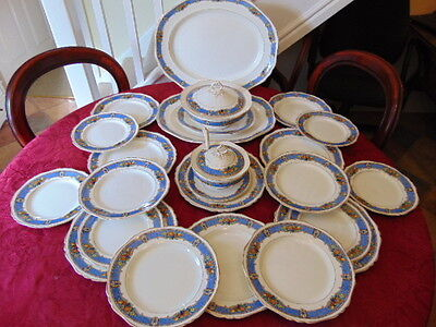 S. Hancock & Sons Corona Ware Dinner Set (25 Pieces) In Very Good Condition