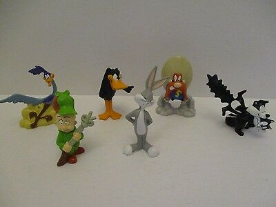 Looney Tunes PVC Figure Lot of 6 Vintage Warner Bros. Daffy Extremely Rare Items