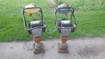 Mikasa mt-60hs jumping jack compactor runs good And includes extra parts machine