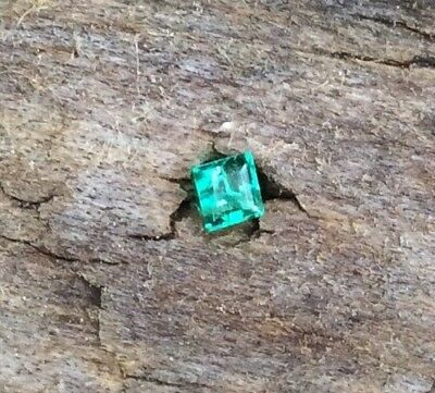 PRINCESS CUT NATURAL EMERALD 2MM x 2MM FACETED 1PC LOOSE GEMSTONE