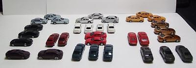 N Scale-Model Railroad Vehicles-Mixed Styles in 12 Colors--32 Cars per Set