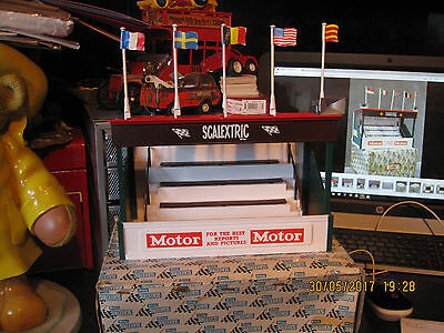 Vintage Scalextric Tri-Ang Grandstand Spectator Stand A/209  Boxed Vgc