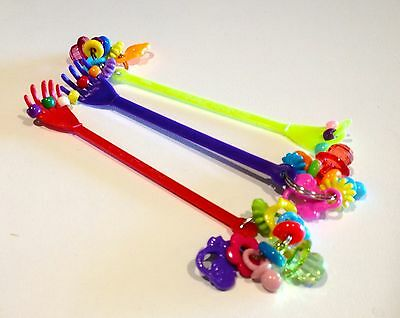 BIRDTALK BIRD TOYS 1 SCRATCH MY FEATHERS FOOT TOY flat rate postage only $6.95