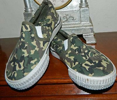 VINTAGE Groovy Camouflage Dunlop Volley Size 8
