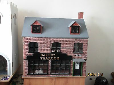 1/12th scale dolls house miniatures