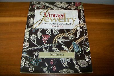 Identification/price Guide Book On Vintage Jewelry