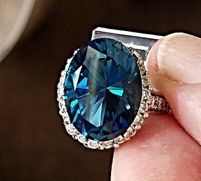 13.46ct. Oval Cut Genuine Natural London Blue Topaz 16X12mm Loose Stone Gemstone