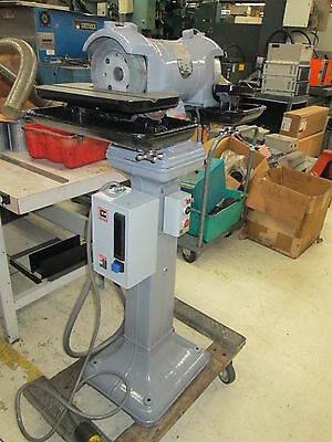 "Walker Turner 1.5Hp 208-220/440V 3Ph 3450/2850 Rpm Grinder W/12"" Tables 40°Pivot"