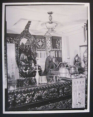 Vintage Hawaii 1957 CHINESE BUDDHIST PRIEST in Honolulu proof photograph
