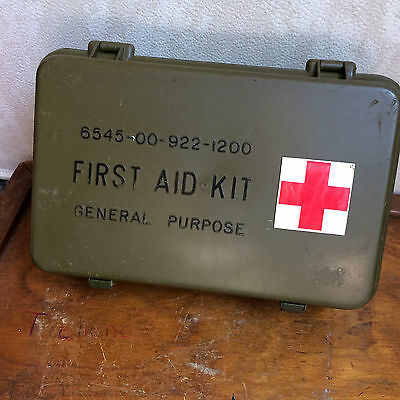 Vintage First Aid Kit Army Green Red Cross Box Empty