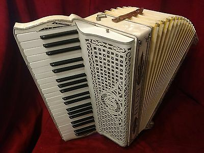 Vintage Pre-War Piano Accordion Cellini Angela LMM 41/120 FOR PARTS OR REPAIR