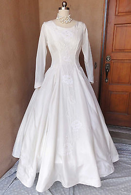 Vtg 50s Mel-Aire Ivory Wedding Dress Lace Pearls Sequins Ballroom Princess 8-10