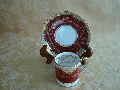 CROWN STAFFORDSHIRE Fine Bone China Burgundy & Gold Tea Cup & Saucer Set